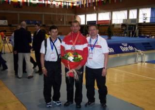 Coaches Dariusz Nowicki and Waldemar Lakomy with Jacek Jarzynski