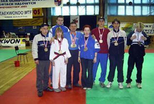 Dariusz Nowicki with his victorious team